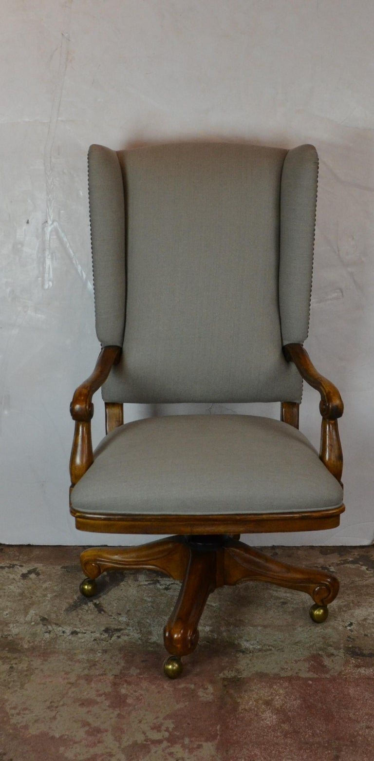 Louis xv style office chair by Drexel Heritage. Walnut frame upholstered in linen. Arm 25