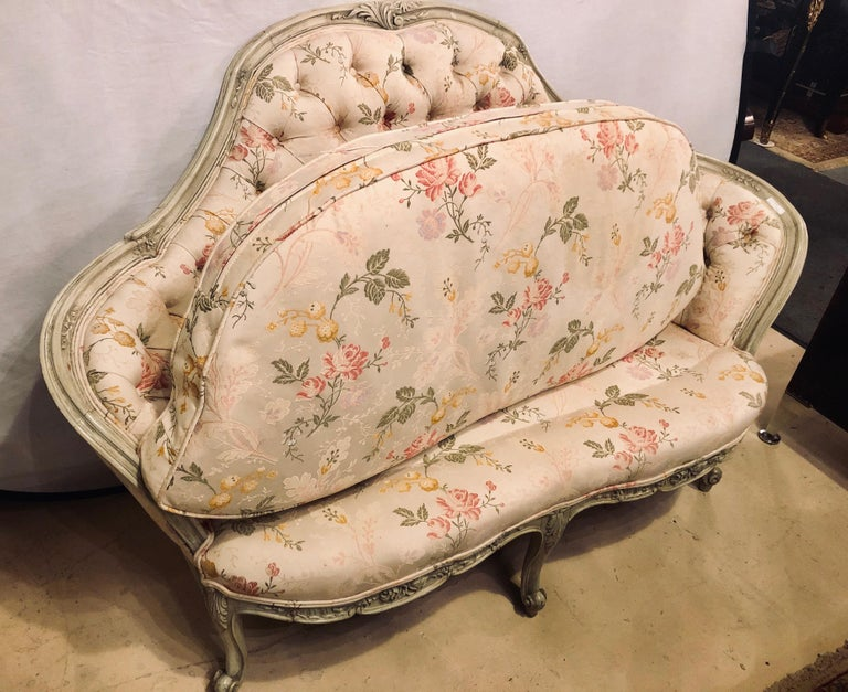 Louis XV Style Paint Decorated Settee / Loveseat Tufted in a Swedish Fashion 5