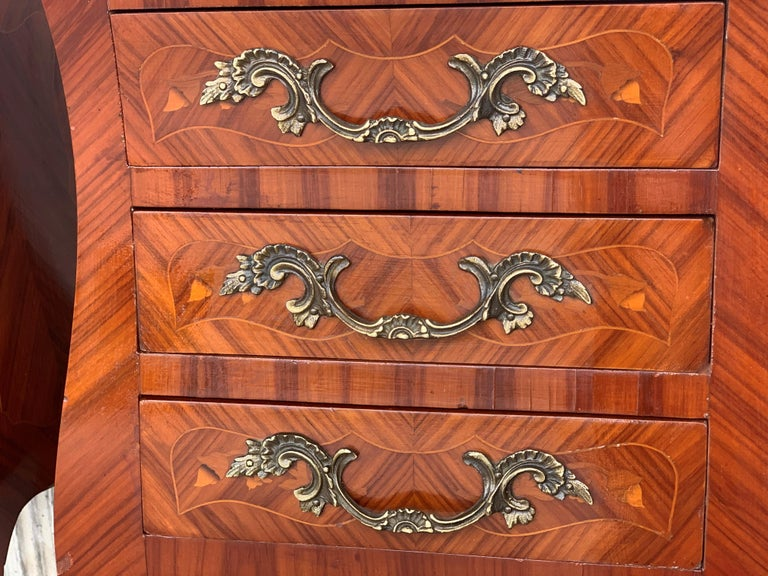 Louis XV Style Pair of Marquetry Nightstands with Three Drawers & Cabriole Legs For Sale 5