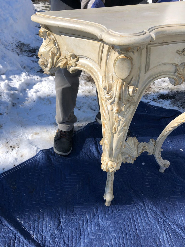 Louis XV Style Relief Carved Antiqued Ivory Painted Parcel-Gilt Console Table For Sale 7