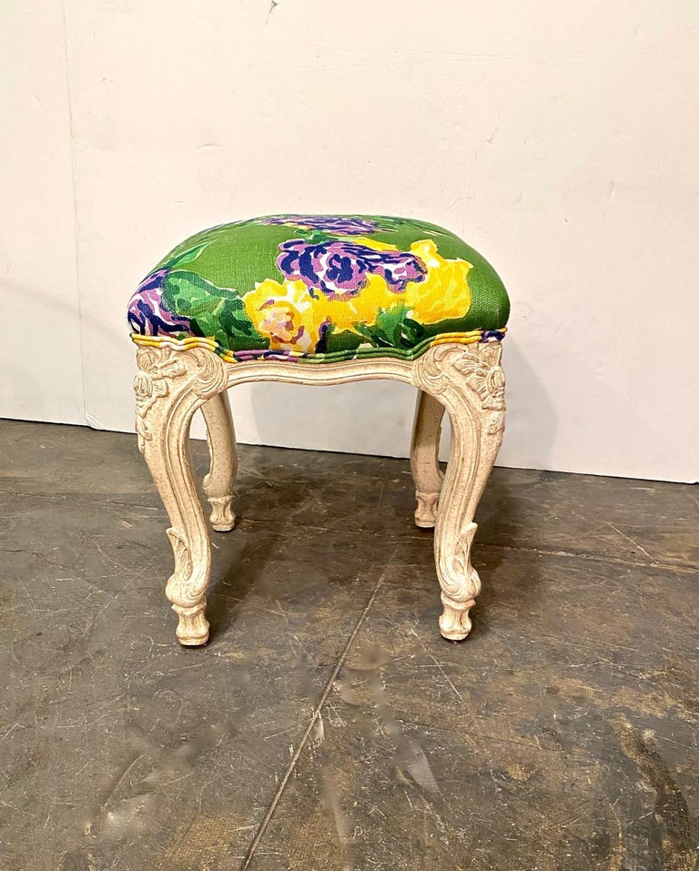 American Louis XV Style Stools or Tabourets, Set of 3 For Sale