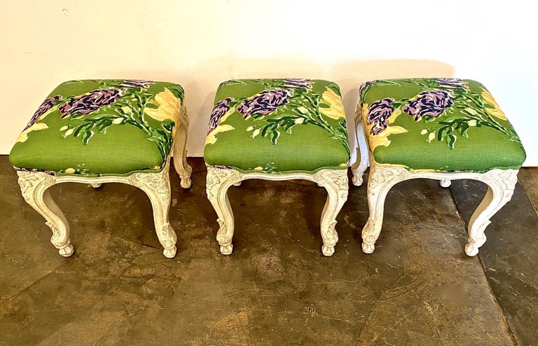 20th Century Louis XV Style Stools or Tabourets, Set of 3 For Sale
