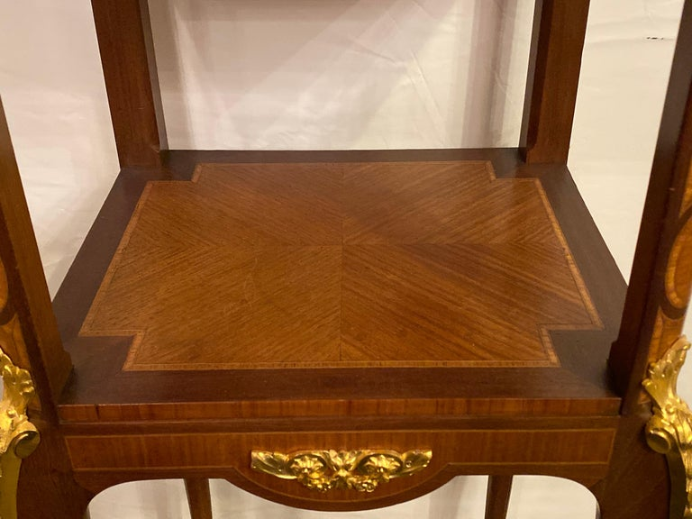 Louis XV-XVI Style Marble-Top Side Table End Table Pedestal, Transitional For Sale 7