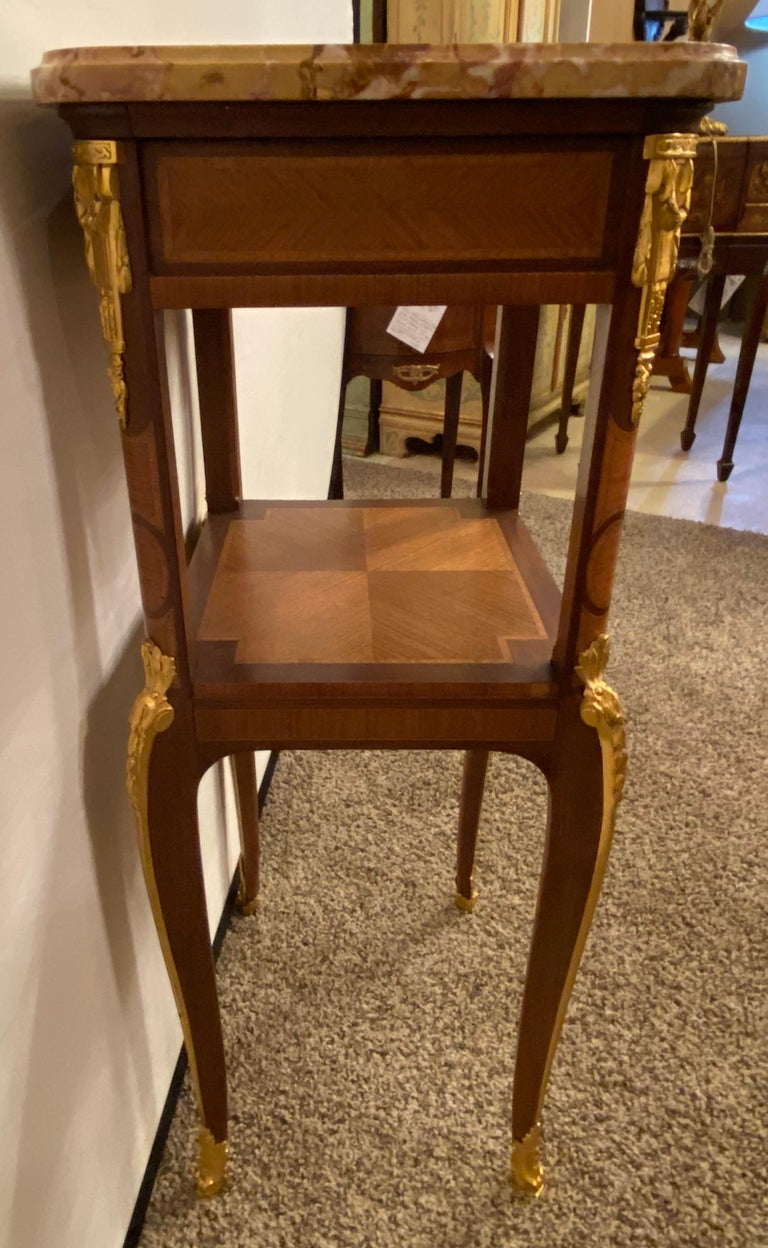 Louis XV-XVI Style Marble-Top Side Table End Table Pedestal, Transitional For Sale 8
