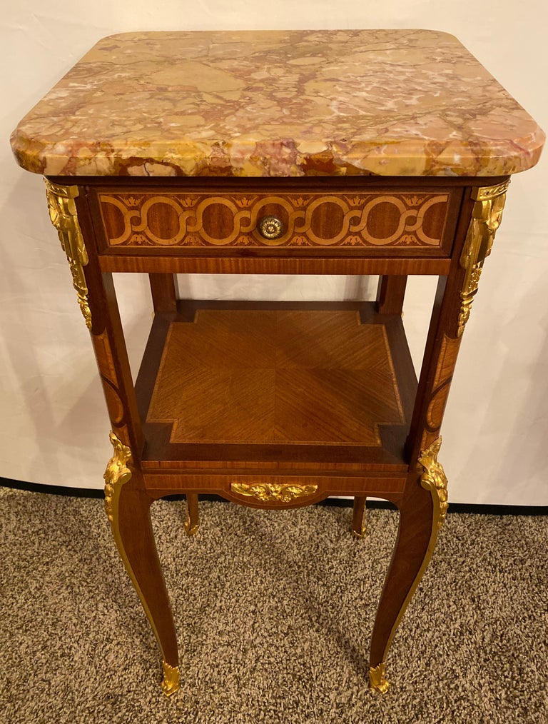 French Louis XV-XVI Style Marble-Top Side Table End Table Pedestal, Transitional For Sale