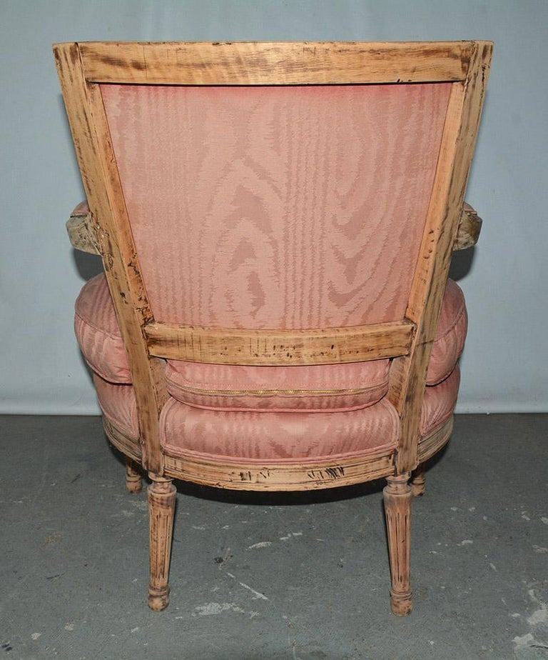 Louis XVI Bergère In Good Condition For Sale In Great Barrington, MA