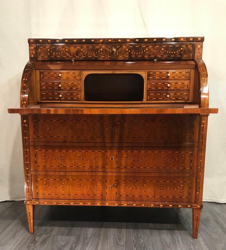 Walnut Louis XVI Cylinder Desk, South Germany, 1780 For Sale