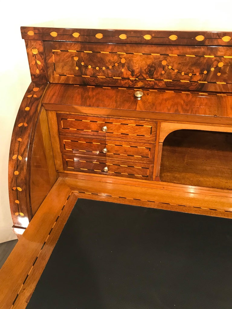 Louis XVI Cylinder Desk, South Germany, 1780 For Sale 1