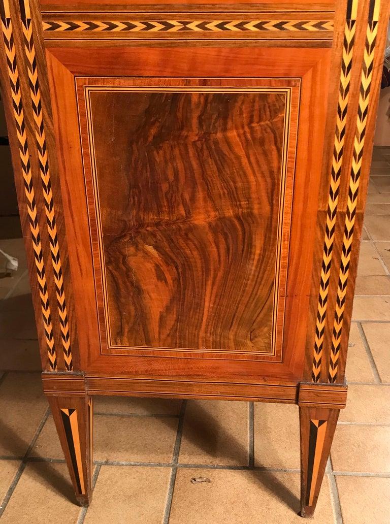 Louis XVI Drop Front Desk, France 1780-1800, Walnut Root Veneer For Sale 4