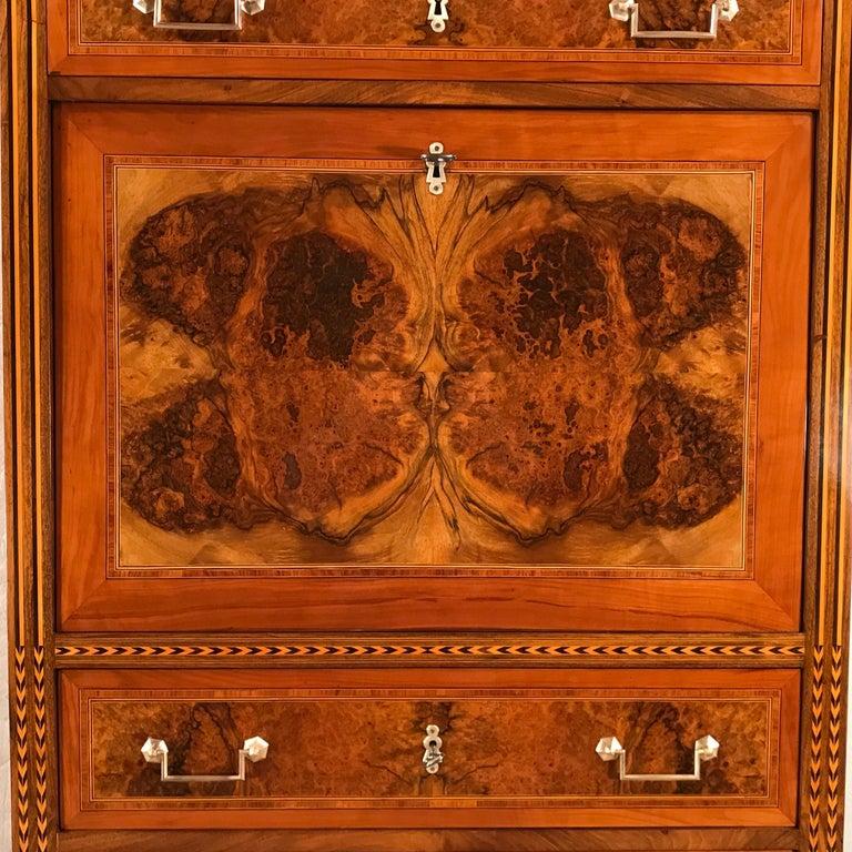Louis XVI Drop Front Desk, France 1780-1800, Walnut Root Veneer In Good Condition For Sale In Belmont, MA