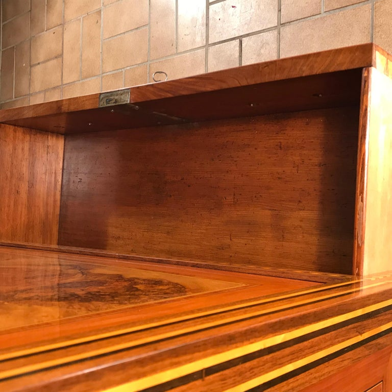 Louis XVI Drop Front Desk, France 1780-1800, Walnut Root Veneer For Sale 2