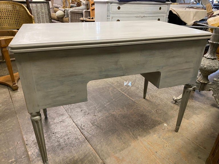 Louis XVI French Country Style Painted Desk For Sale 3
