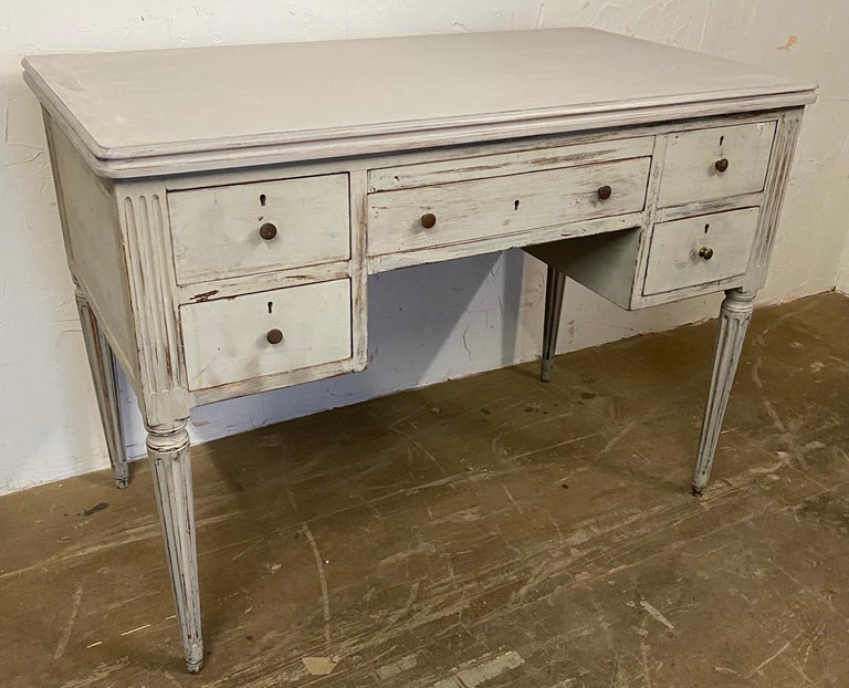 Louis XVI French Country Style Painted Desk In Good Condition For Sale In Great Barrington, MA