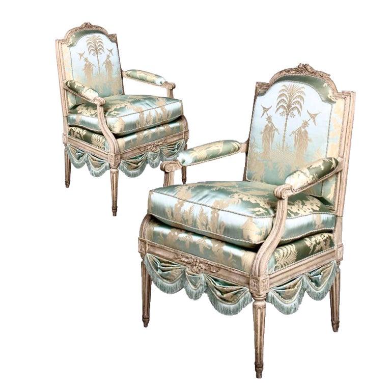 Louis XVI French Silk Armchair, Claude II Sené, Fauteuil a la Reine, 1780-1783 For Sale 6