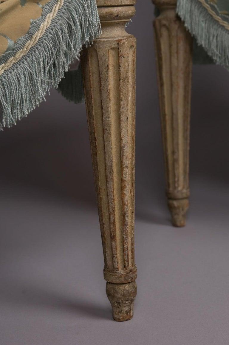 Louis XVI French Silk Armchair, Claude II Sené, Fauteuil a la Reine, 1780-1783 For Sale 5