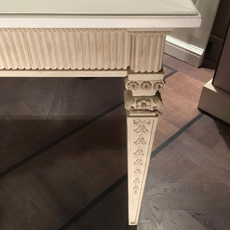 France Louis XVI Style Kitchen White Painted Dining Table For Sale 4