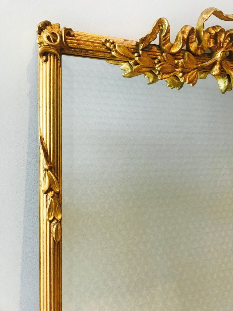 Louis XVI Gilded and Hand Carved Pier Mirror, France, 1940s In Excellent Condition For Sale In Miami, FL