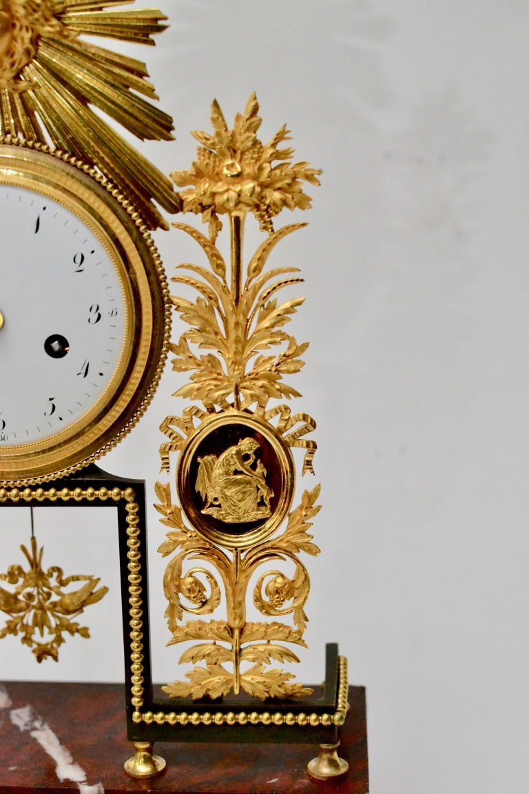 Louis XVI Gilt Bronze and Marble Mantel Clock, 18th Century In Good Condition For Sale In Stockholm, SE