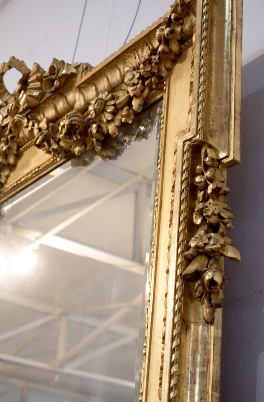 Louis XVI Gold Leaf Mirror In Good Condition For Sale In Dallas, TX