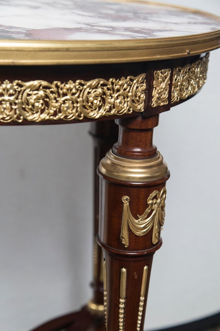 Louis XVI Marble Topped Center Table, End Table or Gueridon For Sale 5