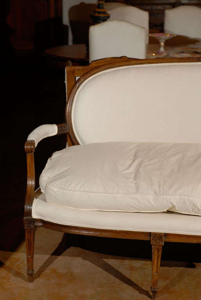 French Louis XVI Period Provençal Sofa Signed by Pillot from Nîmes, circa 1790 For Sale 1