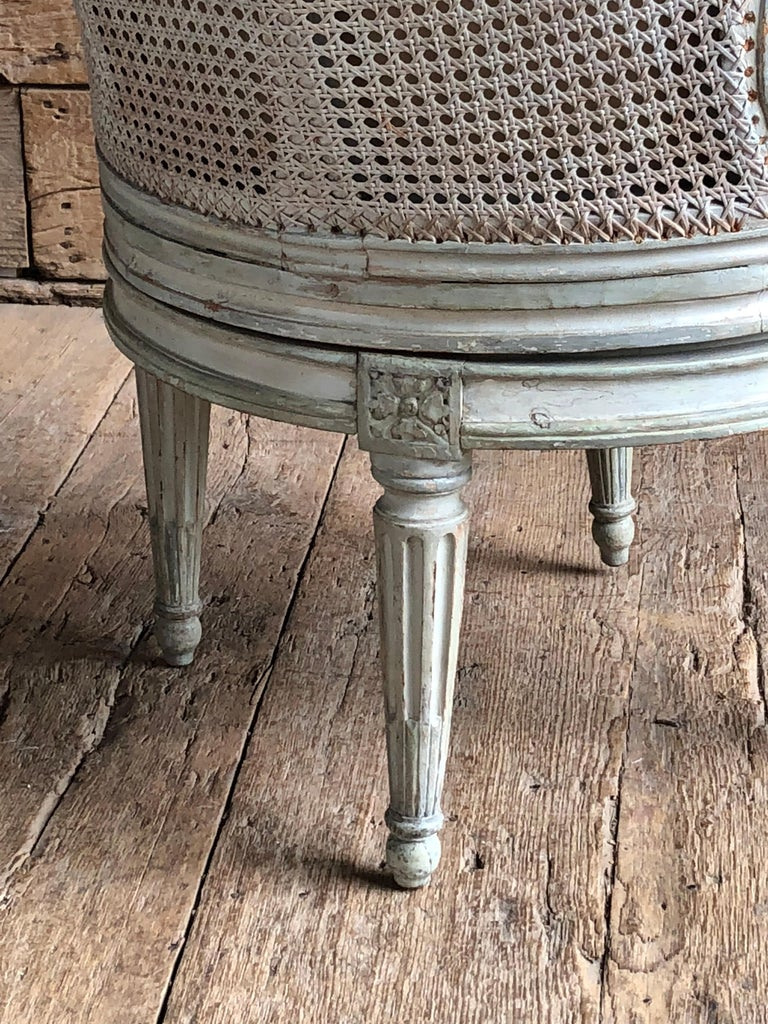 """Carved Louis XVI Revolving Desk Chair, Signed """"A. Gailliard"""" circa 1785 For Sale"""