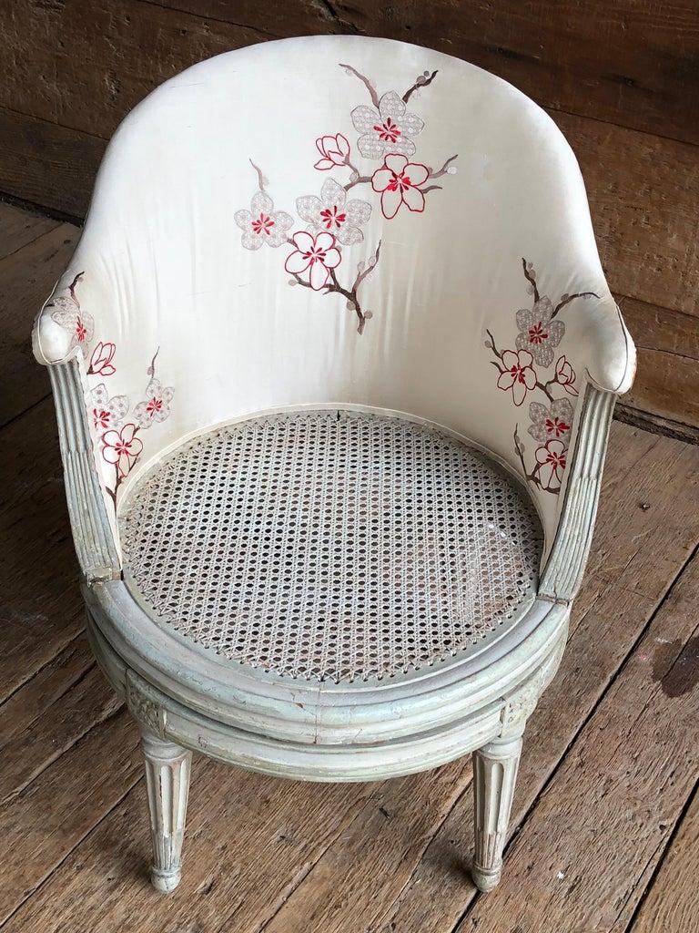 "Beech Louis XVI Revolving Desk Chair, Signed ""A. Gailliard"" circa 1785 For Sale"
