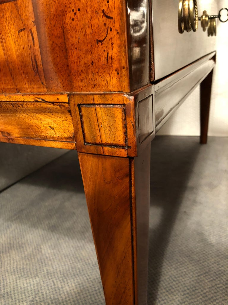 Louis XVI Rolltop Secretaire, South German, 1780-1800 In Good Condition For Sale In Belmont, MA