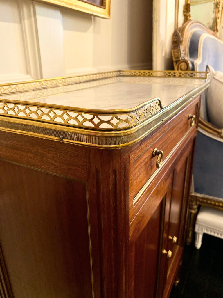 French Louis XVI Style Cabinet or Small Cupboard with Marble Top, Bronze Gallery For Sale