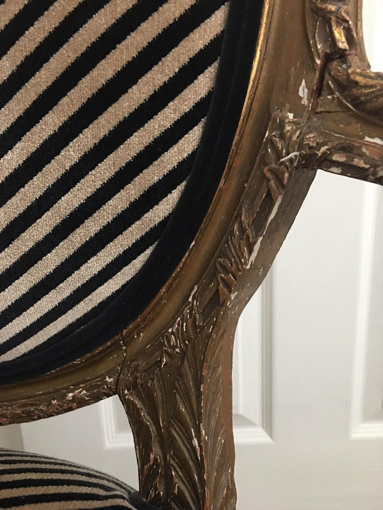 Louis XVI Style Carved Giltwood Armchair with Modern Stripe Upholstery For Sale 5