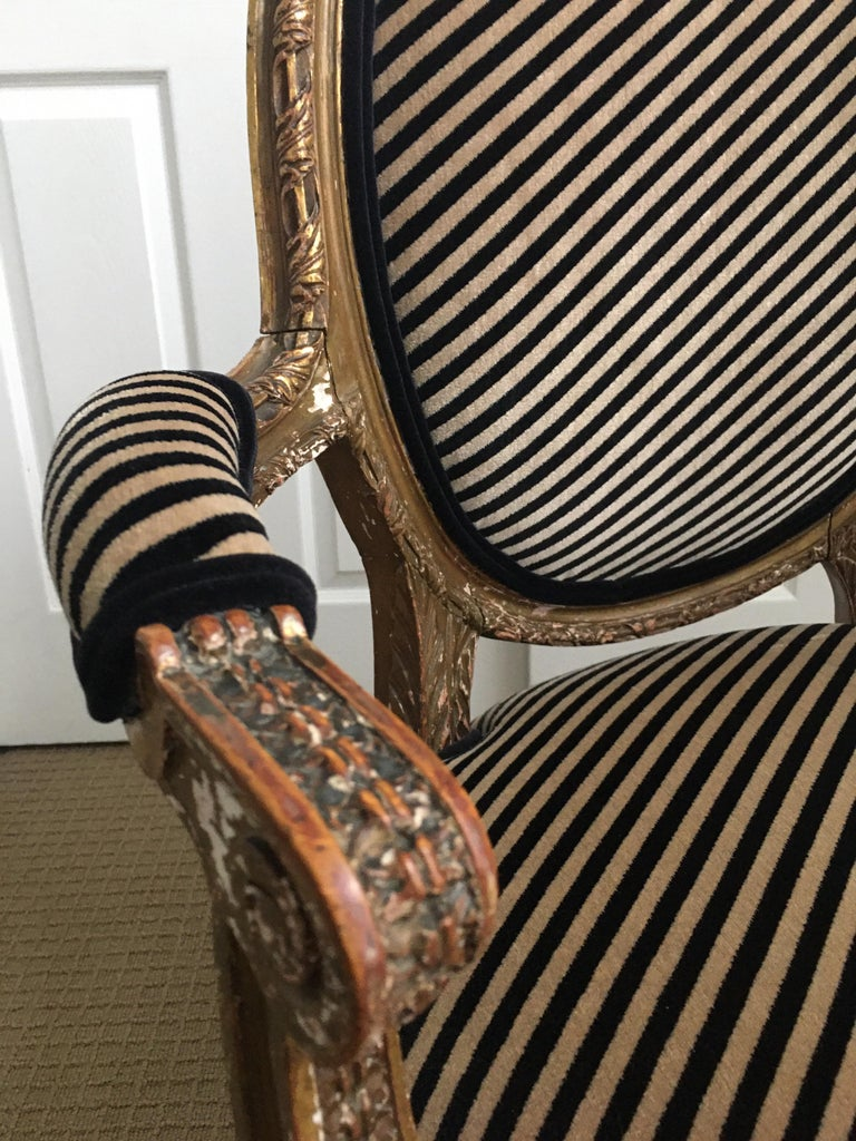 Louis XVI Style Carved Giltwood Armchair with Modern Stripe Upholstery For Sale 11