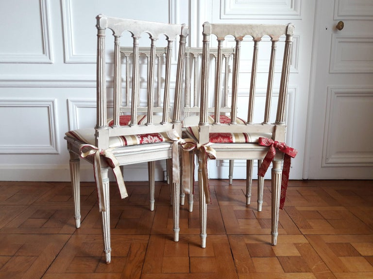 French Louis XVI Style Dining Chairs, Set of Four For Sale