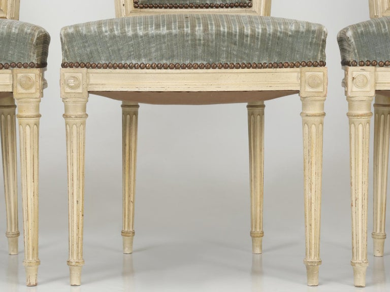 Louis XVI Style French Dining Chairs in Original Paint and Dirty Fabric Set of 6 For Sale 4
