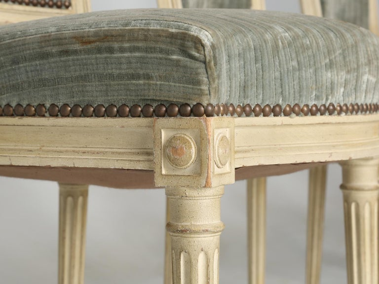 Louis XVI Style French Dining Chairs in Original Paint and Dirty Fabric Set of 6 For Sale 5