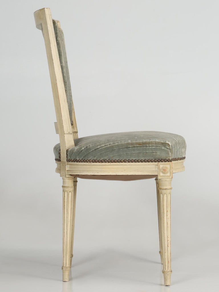 Louis XVI Style French Dining Chairs in Original Paint and Dirty Fabric Set of 6 For Sale 10