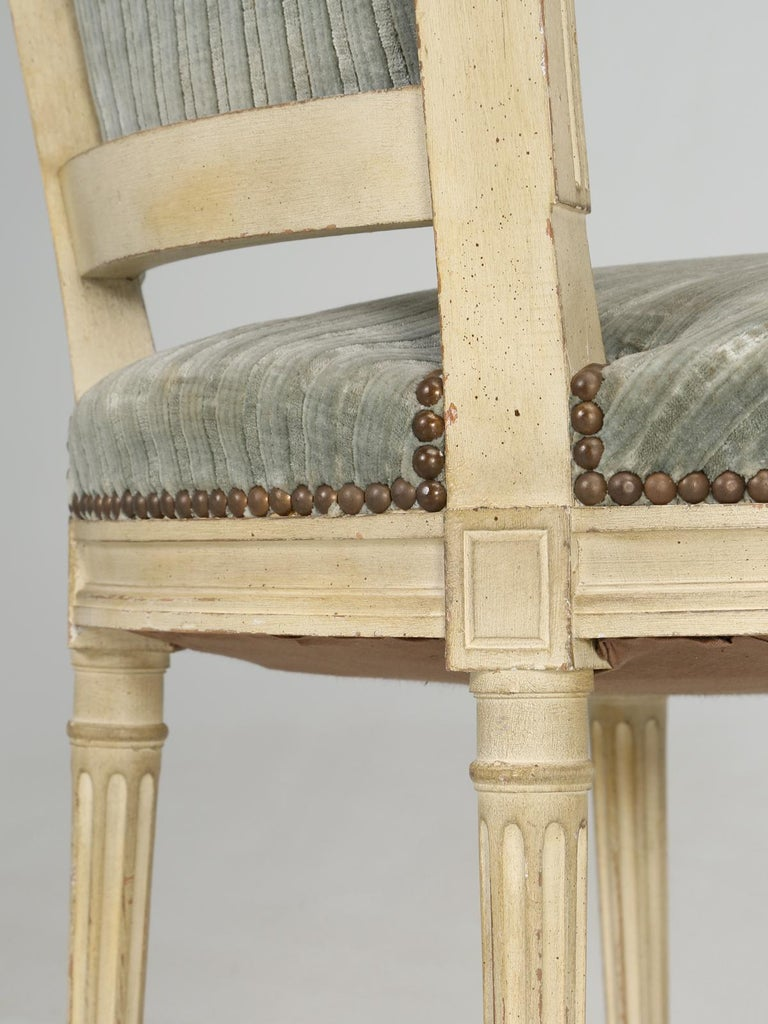 Louis XVI Style French Dining Chairs in Original Paint and Dirty Fabric Set of 6 For Sale 12