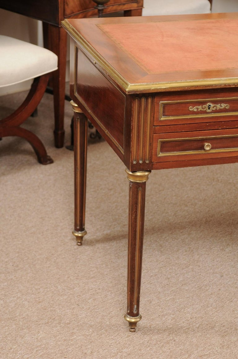 Louis XVI Style French Mahogany Brass Inlaid Bureau Plat, Late 19th Century For Sale 1