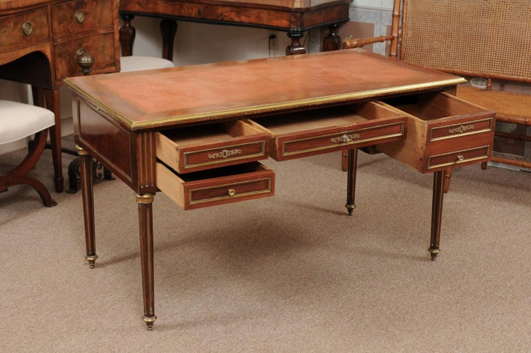 Louis XVI Style French Mahogany Brass Inlaid Bureau Plat, Late 19th Century For Sale 2