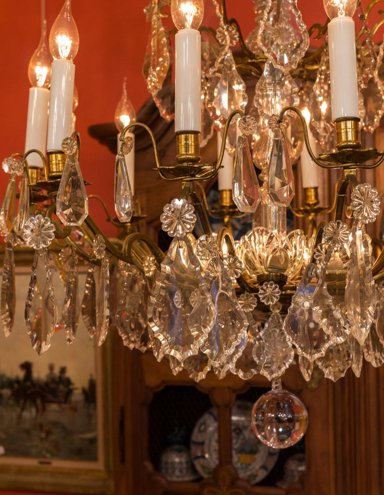 Louis XVI Style French Mid-20th Century, Bronze & Crystal Chandelier, circa 1950 For Sale 2