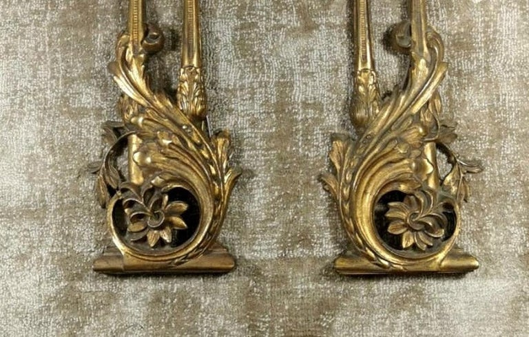 Louis XVI Style French Pair of Appliques in Gilded Bronze In Good Condition For Sale In Prato, Tuscany