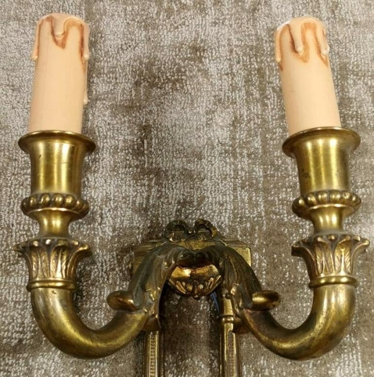 Louis XVI Style French Pair of Appliques in Gilded Bronze For Sale 2