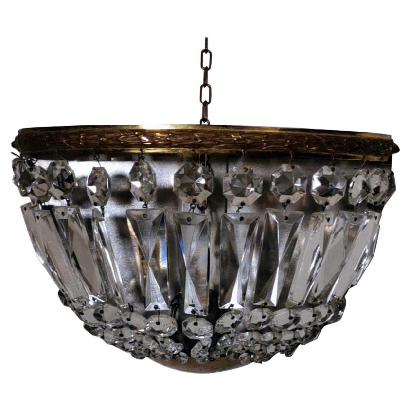 Louis XVI Style French Wall Sconce in Gilt Brass and Crystal