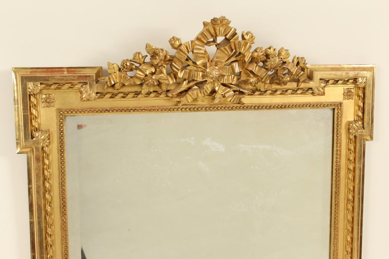 Louis XVI Style Giltwood Mirror In Good Condition For Sale In Laguna Beach, CA