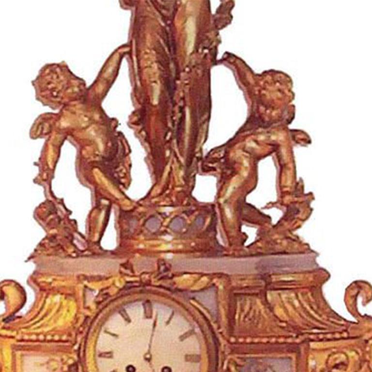 Louis XVI Style Mantel Clock In Good Condition For Sale In Pompano Beach, FL