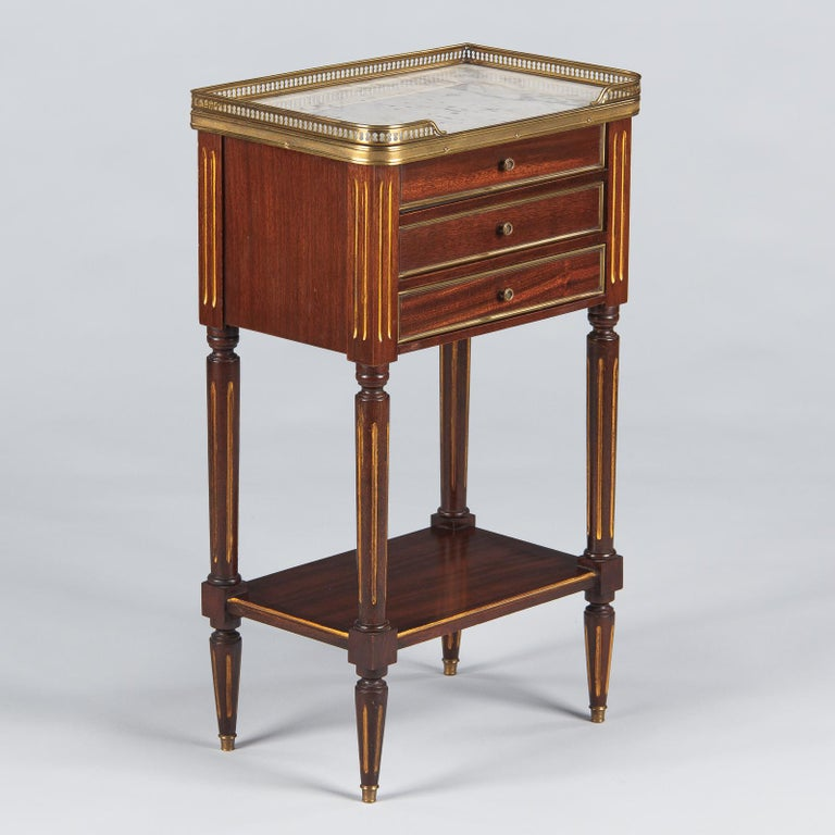 Louis XVI Style Mahogany and Marble-Top Bedside Cabinet, 1920s For Sale 6