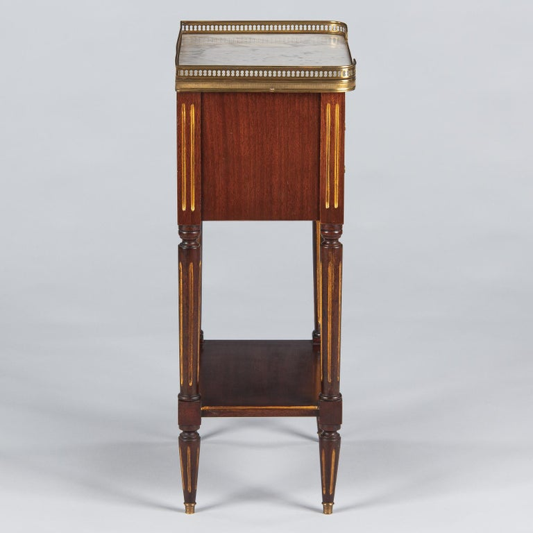 Louis XVI Style Mahogany and Marble-Top Bedside Cabinet, 1920s For Sale 8
