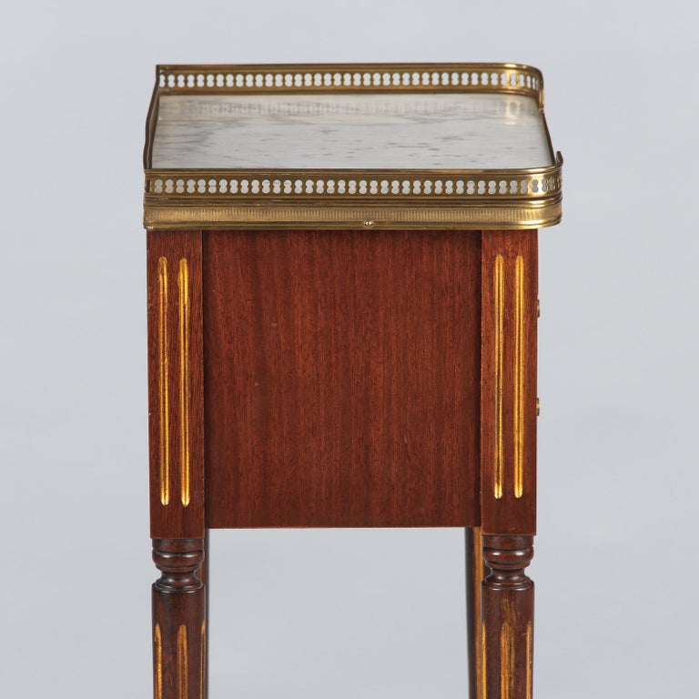 Louis XVI Style Mahogany and Marble-Top Bedside Cabinet, 1920s For Sale 9