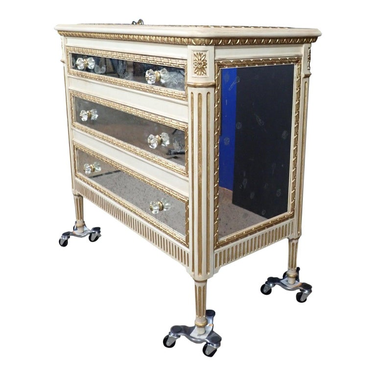 Louis XVI Style Mirrored Gilt and White Painted Chest of Drawers For Sale 7
