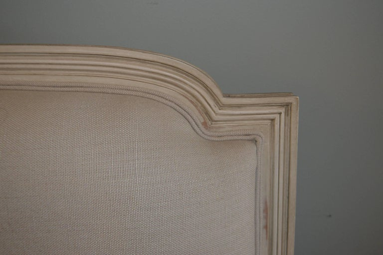 Italian Louis XVI Style Painted Settee, Canape, Newly Upholstered in Grey Belgium Linen For Sale