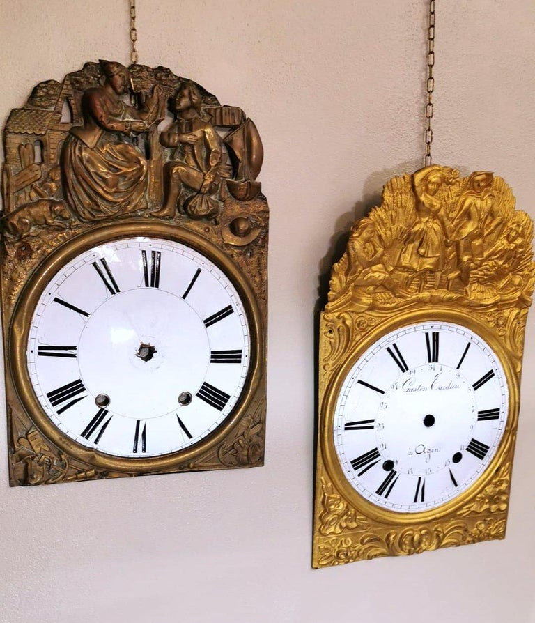 Embossed Louis XVI Style Pair of Enameled and Gilded Pediments of French Pendulum Clock For Sale